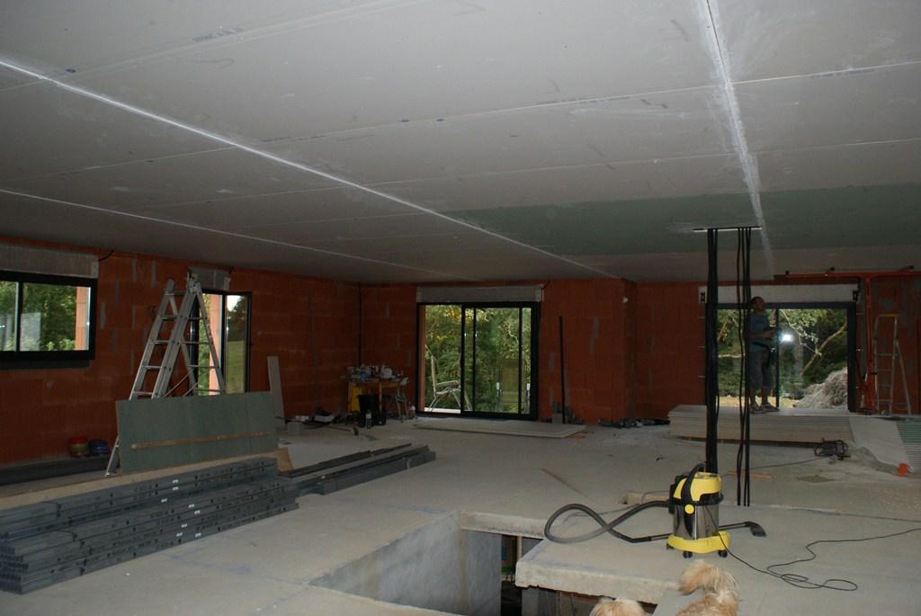 et voila...2jours pour le placo du plafond